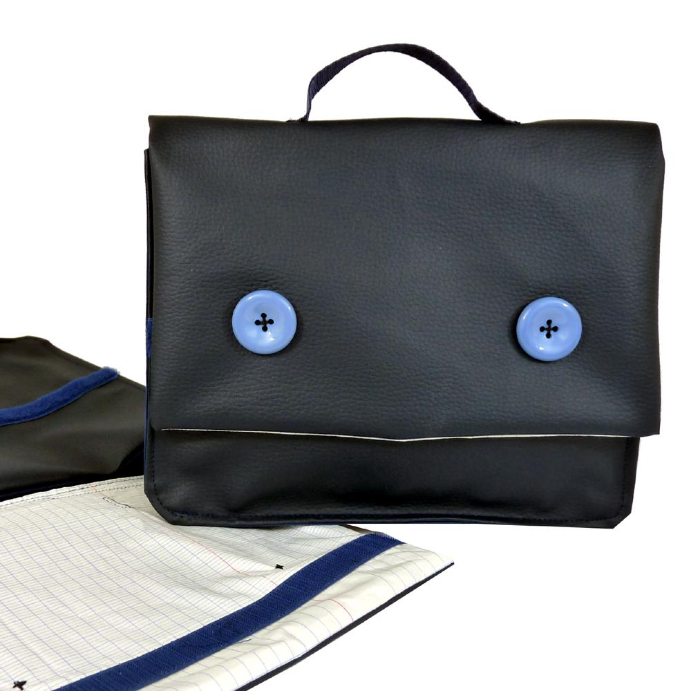 cartable bleu marine pour gar on. Black Bedroom Furniture Sets. Home Design Ideas