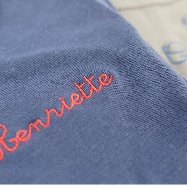 T-shirt à message personnalisé, broderie incluse dans le prix