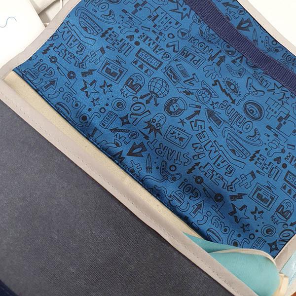 Cartable d'enfant défaut tissu, petit format